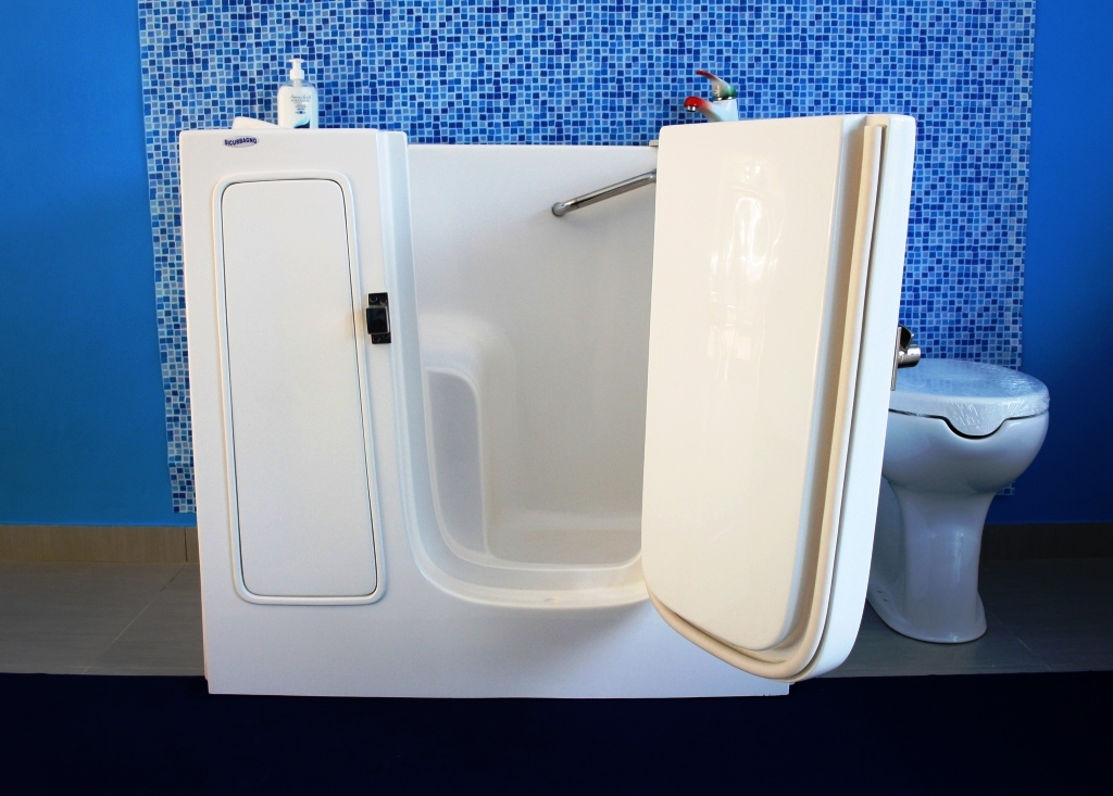 Vasche per disabili a napoli - Vasca da bagno angolare piccola ...